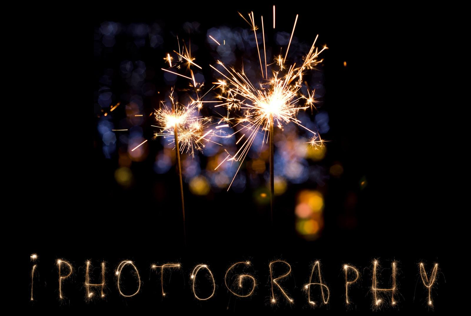 iphotography photography photo camera student online learning elearning international fireworks sparklers rockets camera picture prophotographer nikon canon sony alpha fujifilm pentax tripod slow shutter shutter speed aperture ISO high ISO long shutter blur camera shake blurry catherine wheel explosion whizz pop bang mobile phone gloves hats big ben westminister london bridge bonfire night river thames new years eve guy fawkes 5th november gunpowder plot